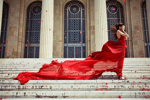 Chic Windy Red Dress